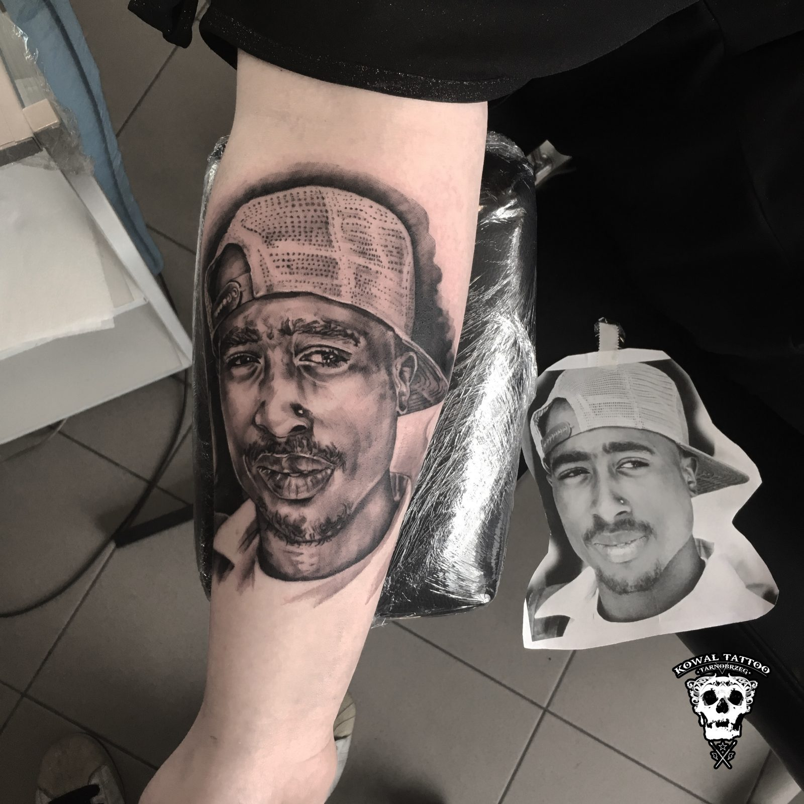 kowa-tattoo-2pac