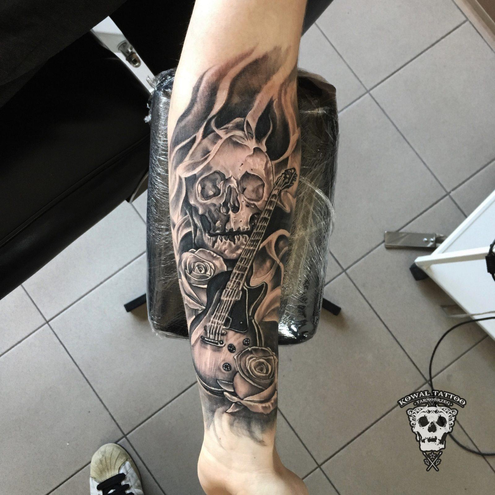 kowal-tattoo-skull